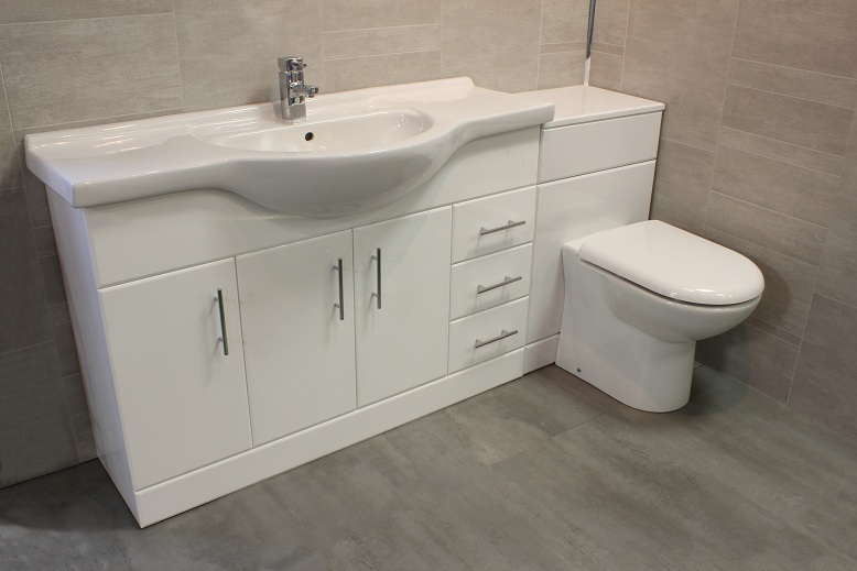 Luxury 1200 bathroom vanity unit btw back to wall wc for Small baths 1200